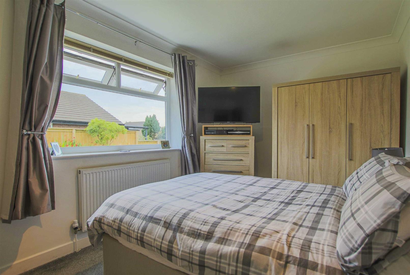 5 Bedroom Detached Bungalow For Sale - Image 11
